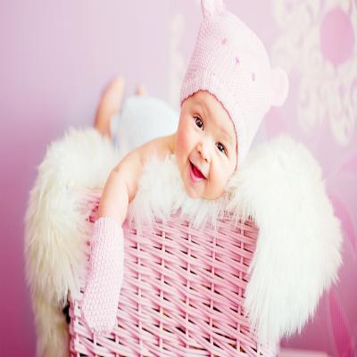 الطفلة الوردية